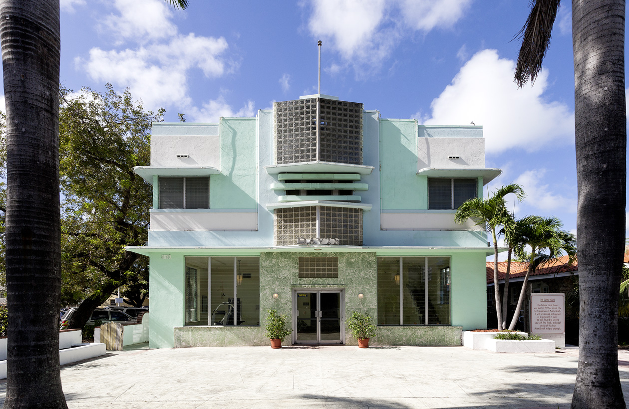 Awesome Art Deco Haus Miami Beach