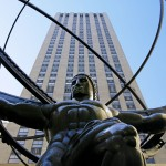 Rockefeller Center, Bronzestatue »Atlas« von Lee Lawrie